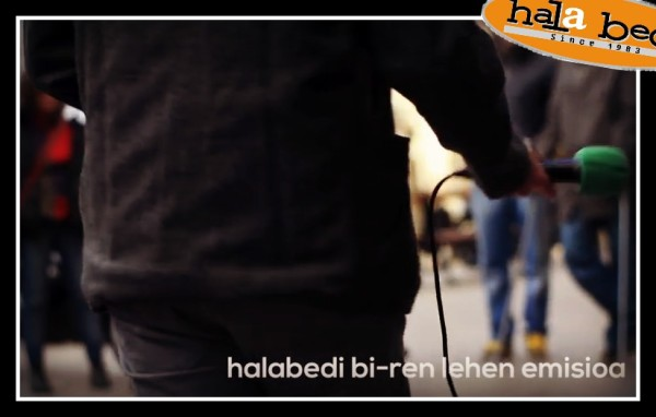 Entzun Hala Bedi Bi irratiaren estreinaldiko emisioa