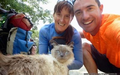 Kasakatxan,  16/01/11,  charlamos  con  Evelín  y  Aitor  de  su  proyecto  viajero:  Cyclotherapy
