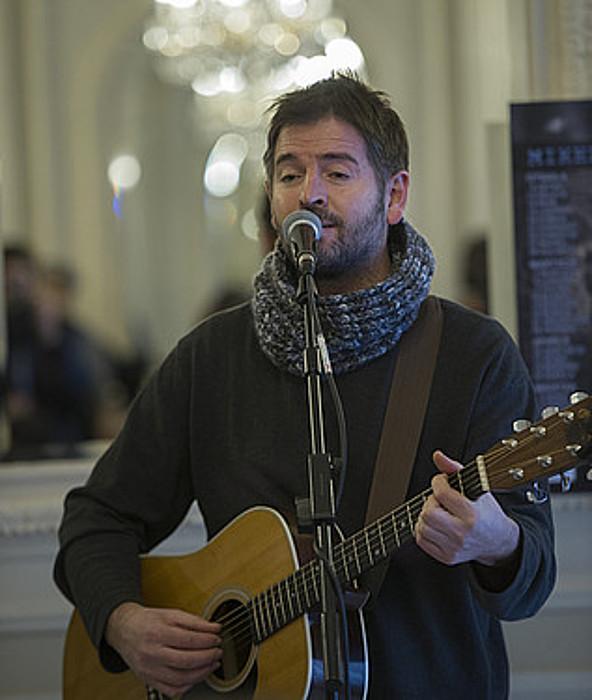 """Mikel Urdangarin: """"Musikak balio dit askatasuna deitzen diogun horretarako pausoak emateko"""""""