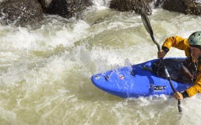 "Kasakatxan  16/04/04.  Viajando  en  familia  y  ""Basque  nomad  kayaker"""