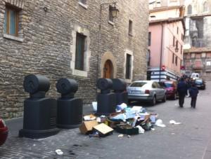 La asociación de vecinos Gasteiz Txiki expone sus reivindicaciones al alcalde de Gasteiz