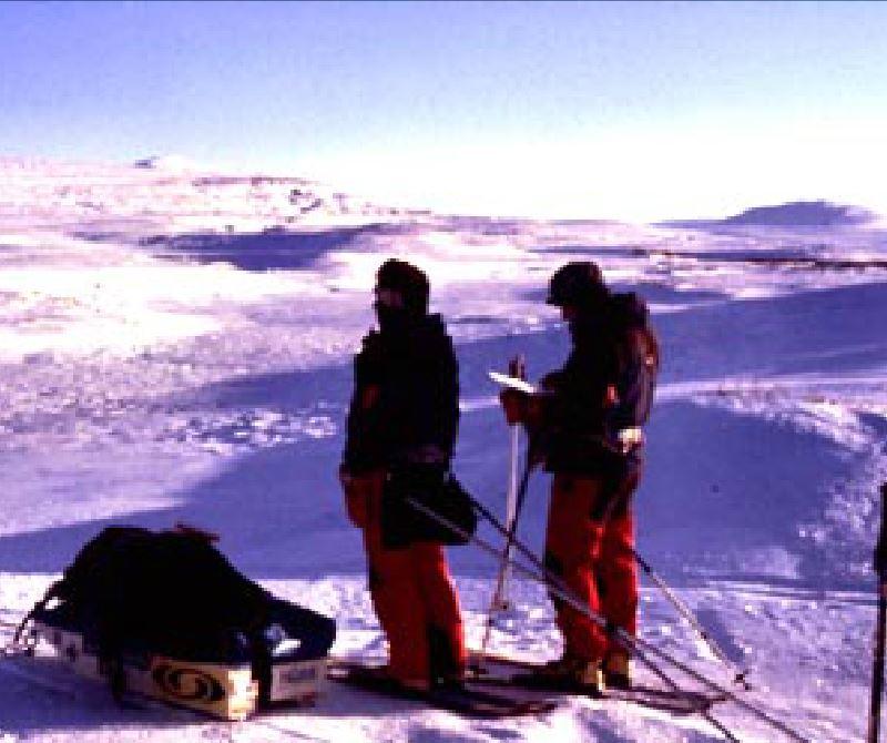 Kasakatxan  1.19:  Un  viaje  épico  desde  el  Cabo  Norte  noruego  hasta  Tarifa,  en  esquís,  piragua  y  bicicleta.
