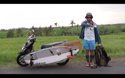 Kasakatxan 2.05: Kepa Acero: surfeando por el mudo / Ornitólogos de viaje