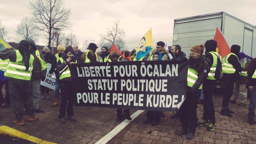 Igarki  Robles  eta  Maialen  Kortabarria:  «XXI.  mendea  apoismoaren  mendea  izango  da.  Rojava  gure  Vietnam»