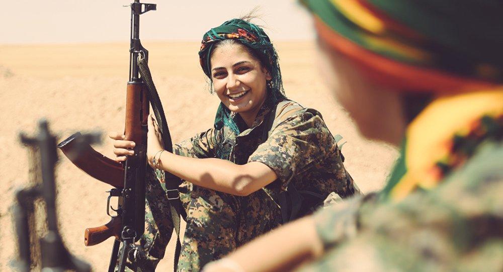 ERRAIETATIK  vol.  XIII  |  Kurdistan,  bizitzaren  aldeko  iraultza