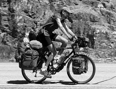 Kasakatxan 2.21: Lontxo, cicloviajero ilustre / Viajando en familia por el sudeste asiático