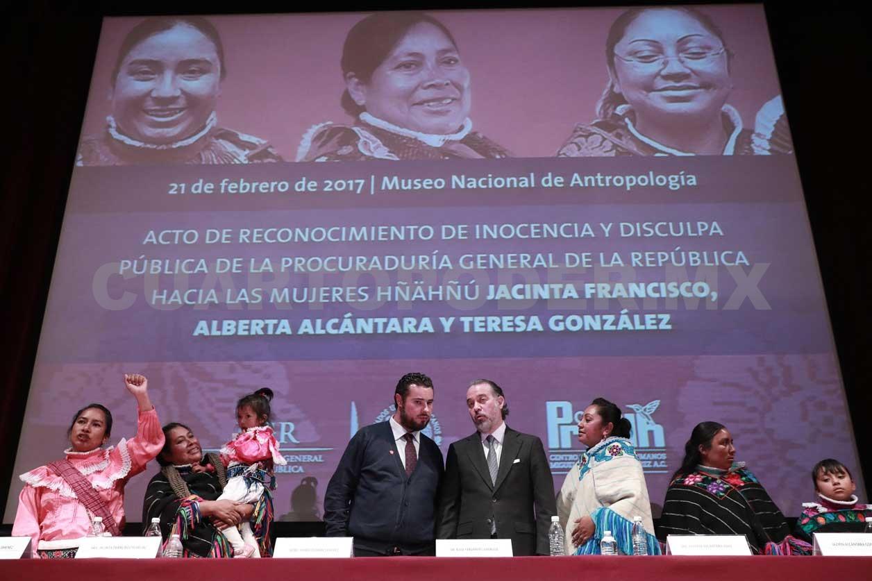 """""""¡Hoy nos chingamos al Estado!"""" Behingoan Mexikok emakume, indigena eta pobre izatearen gaitza onartu zuenekoa -Maialen Martínez de Marigorta-"""