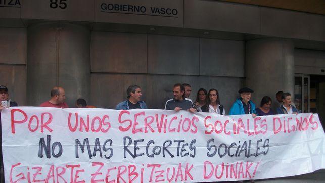 Prestaciones  Sociales:  Lanbide  incumple  el  derecho  subjetivo  a  la  RGI/PCV  con  su  actuación  administrativa  ilegal