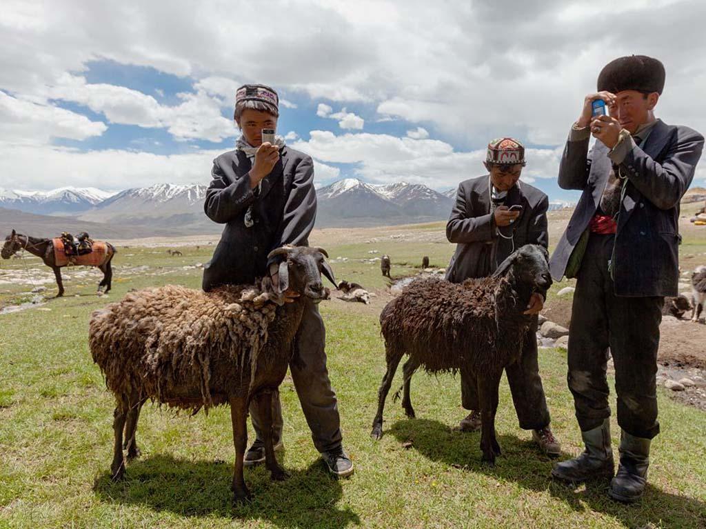 Kasakatxan 2.20: Kirguistan, un secreto escondido en Asia Central / Un viaje musical por Latinoamérica