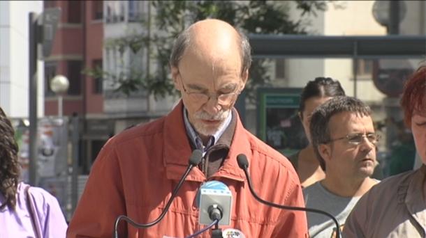 """Luis Galdos (Medikua): """"Oier Gómezek daukan metastasia ez da sentitzen eta espetxeak prozesu diagnostikoa atzeratzen du"""""""
