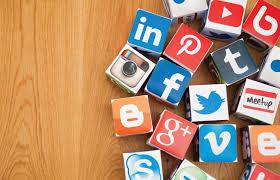 Blogosfera: Cómo nos cambian la vida las redes sociales