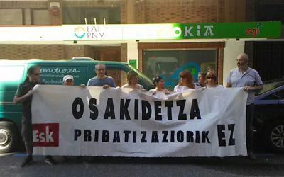 """Patxi  Nicolau  (ESK):  """"El  PNV  se  sigue  empeñando  en  privatizar  más  servicios  en  Osakidetza"""""""