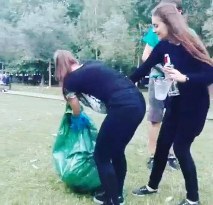 De Andresen mesederako, Udalak Judimendi auzoa bakarrik utzi duela salatu dute