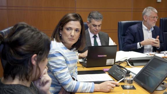 Prestaciones sociales: PNV Y PSE proponen recortar derechos para gastar menos