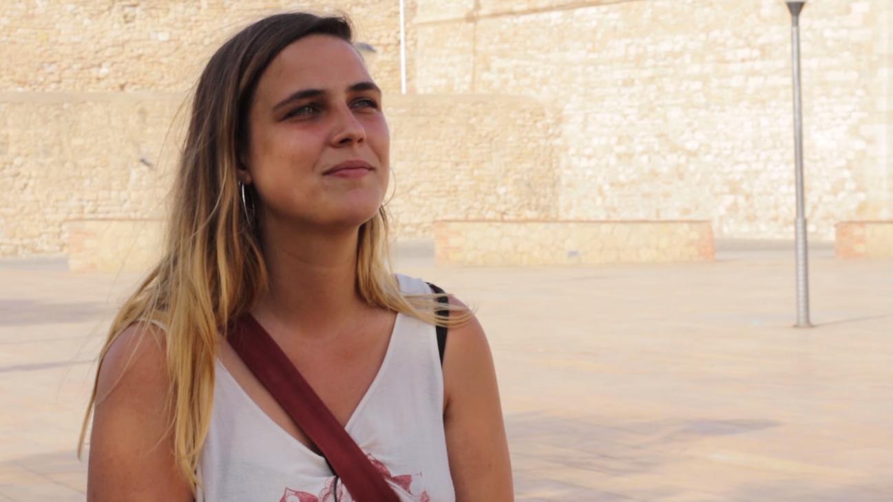 Laura  Curell  (Iridia):  «El  sistema  explota  y  necesita  a  las  porteadoras»
