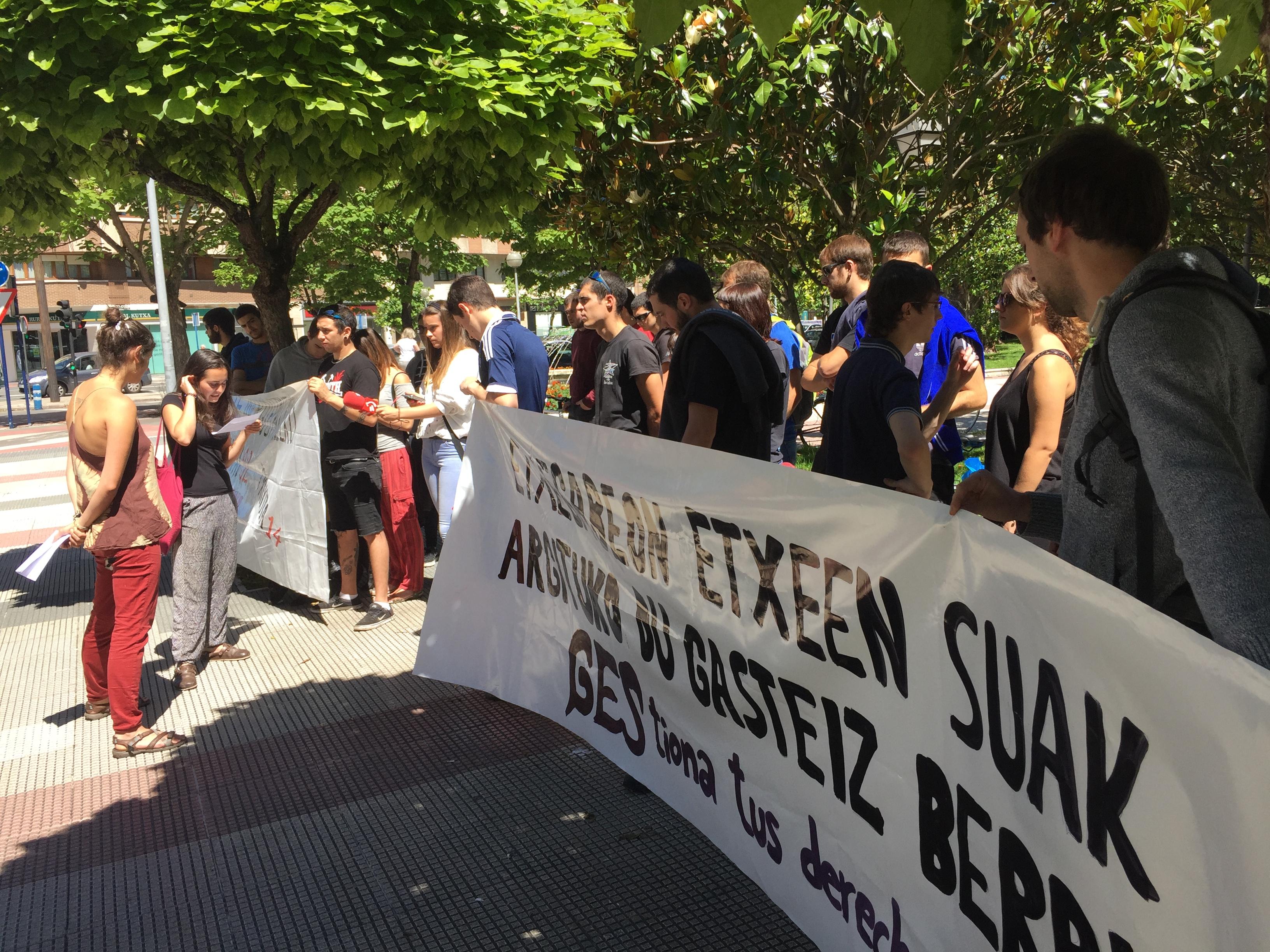 Okupazioa «tresna erabilgarria dela» aldarrikatu dute gazteen blokeen okupazioaren aurkako epaiketan
