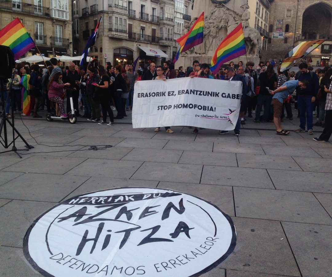 Hamaika lagunek gaitzetsi dute TransBolloMarika Sareak salatu duen azken eraso homofoboa