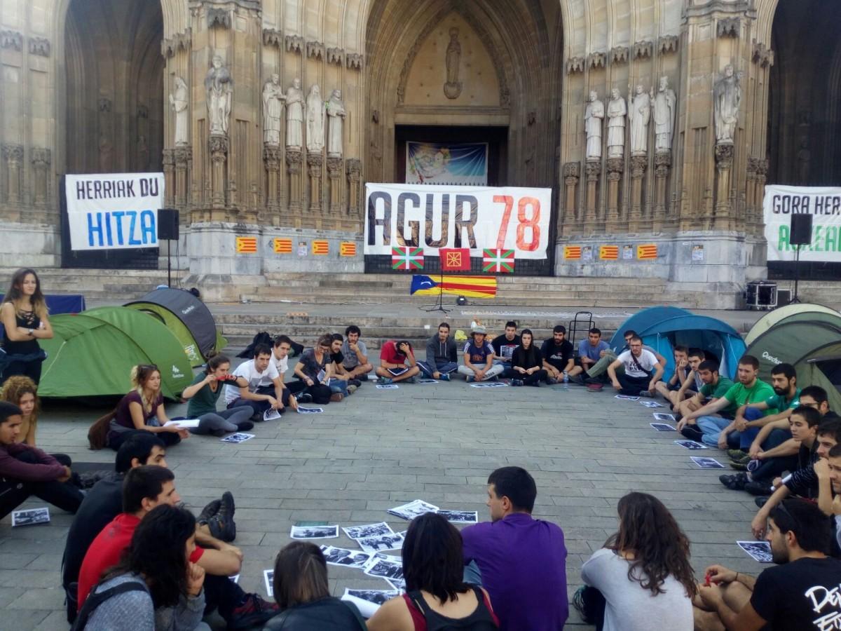 """Aitor (#Agur78 ekimena): """"Kataluniakoa da 78ko erregimenak izan duen krisirik sakonena, eta indar hori hona ekarri nahi dugu"""""""