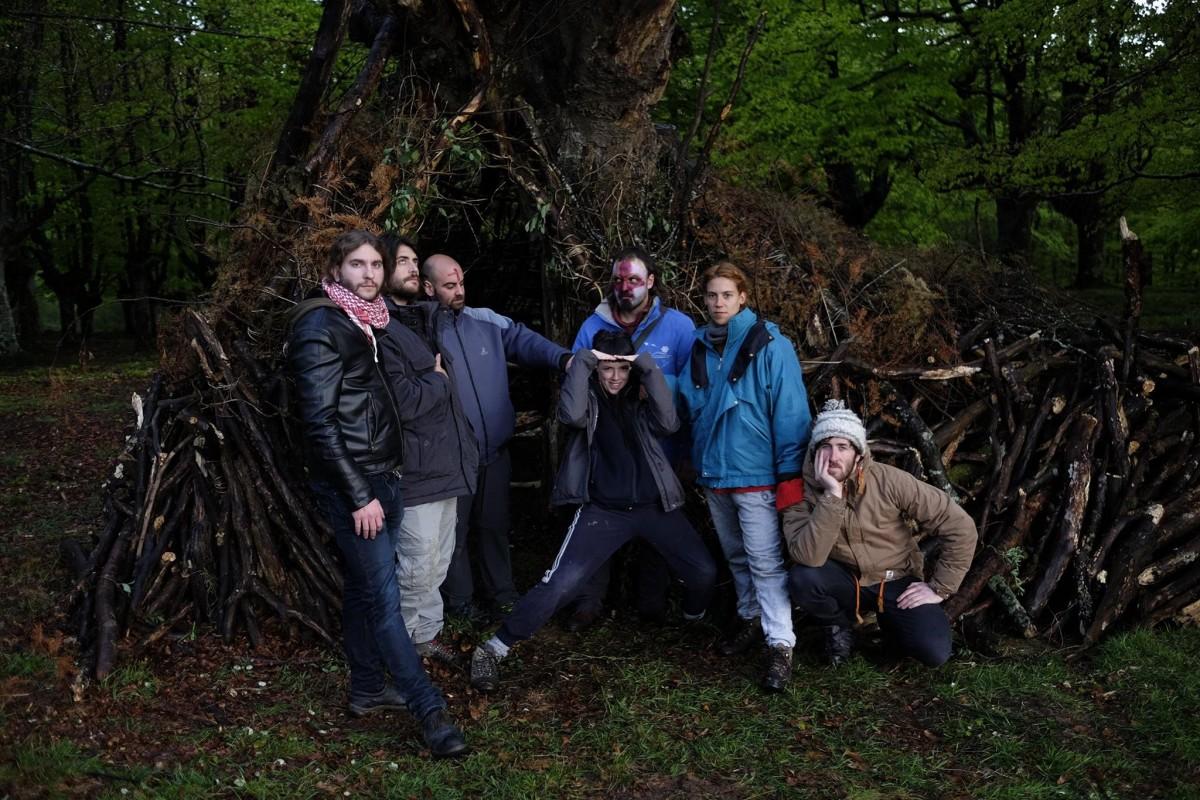 'Barrunbeko lurretan' filma grabatuko du Iñigo Perezek 'Lurburu' artista kolektiboarekin batera