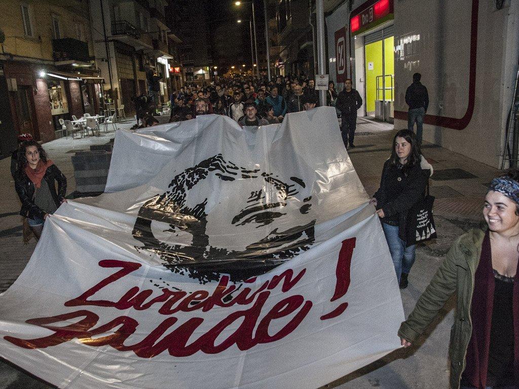 Amurrio exige que Alfredo Remírez sea el último mientras clama por la libertad de expresión