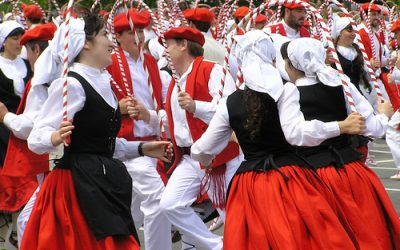 Gasteizen euskal dantzarien kopuruak euskal hiztunen kopurua gainditu du