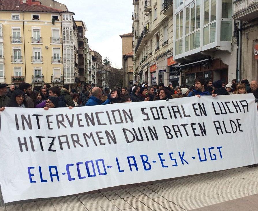 Las trabajadoras de intervención social de Araba van a la huelga para luchar por un convenio digno