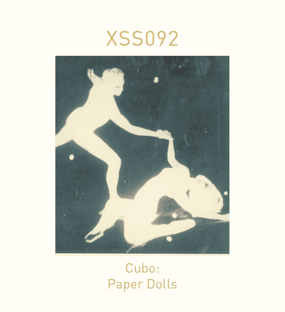 XSS092   Cubo   Paper Dolls