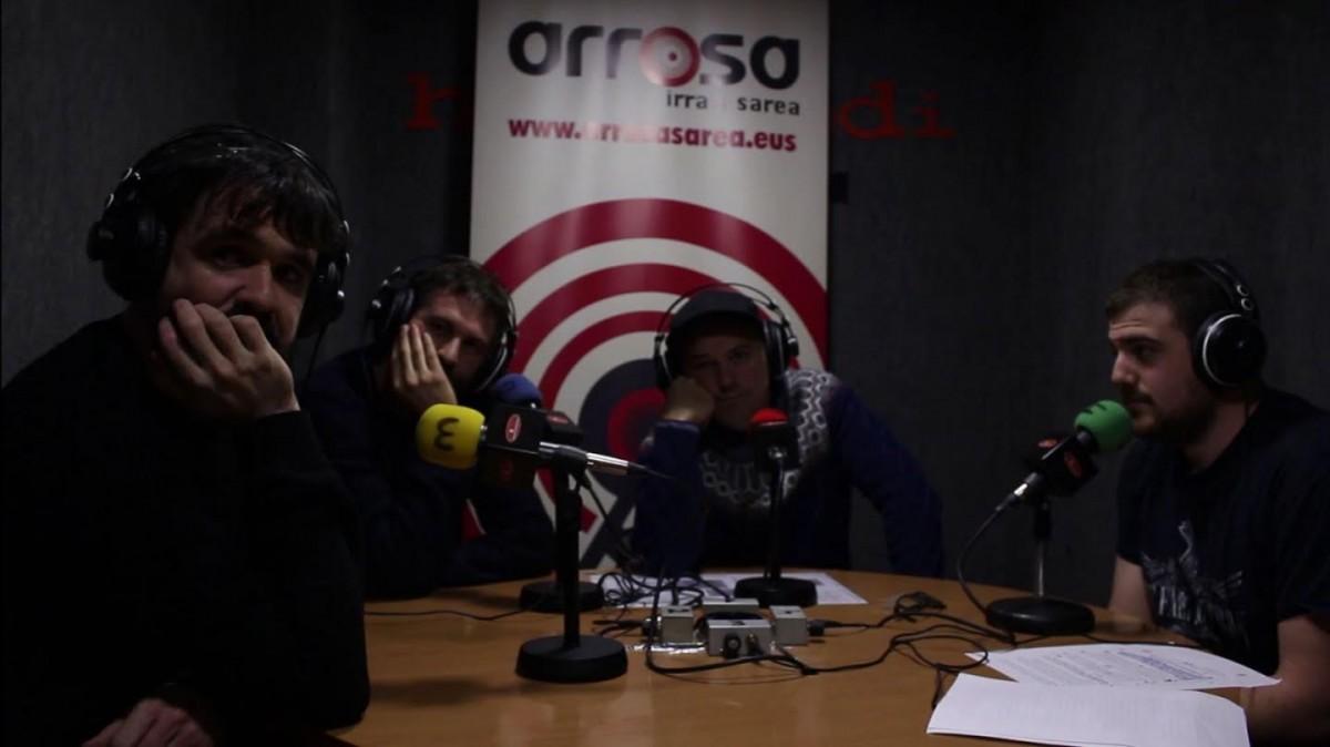 """Berri Txarrak: """"Metala zein popa jotzean gozatzen dugu"""""""