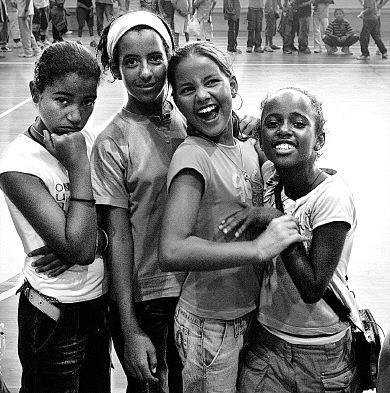 Se necesitan familias para acoger a niñas y niños saharauis en verano
