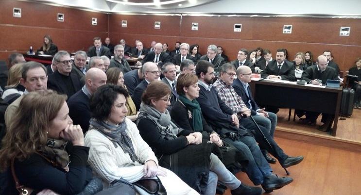 """La fiscalía del 'Caso De Miguel' afirma que los acusado tenían apoyo de """"todo el establishment"""""""