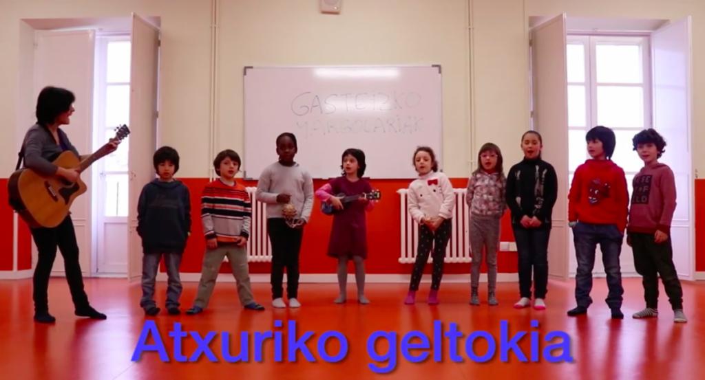 'Gasteizko Margolariak' abestiaren euskarazko bertsioa egin dute Goianeko kideek