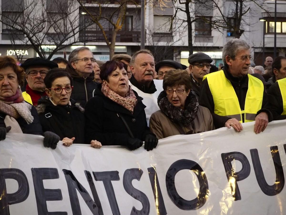 «De las 60.000 personas adscritas a la RGI, 20.000 personas son pensionistas, la mayoría viudas»