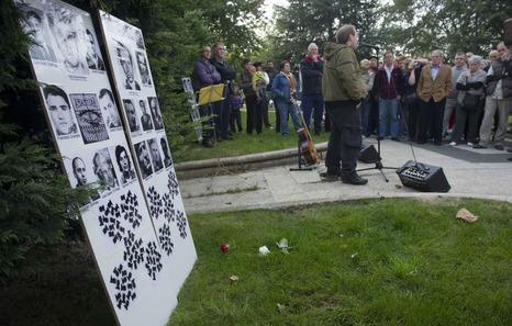 La Plataforma Vasca contra los Crímenes del Franquismo no participará en la inauguración de los 'Memoriaguneak'