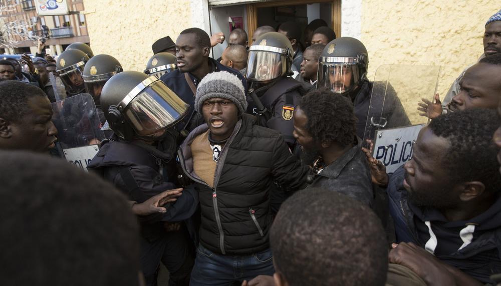 """Oihan Vitoria: """"Mame Mbayeren heriotzak agerian utzi ditu Senegalgo manteroen bizi-baldintza kaxkarrak"""""""