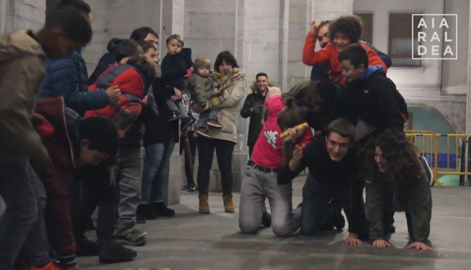 Bidean aurrera egiteko grina erakutsi dute Urduñako Gazte Egunean