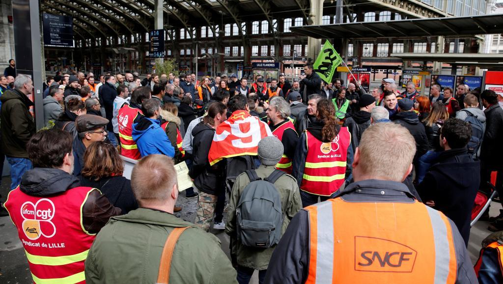 """Henri Bellin: """"La batalla de la huelga ferroviaria va a estar en cómo reacciona la opinión de la ciudadanía francesa"""""""