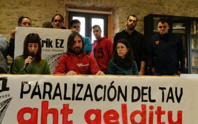 'AHT-rik Ez Arabako Haranak' nace con el objetivo de impulsar alternativas al TAV