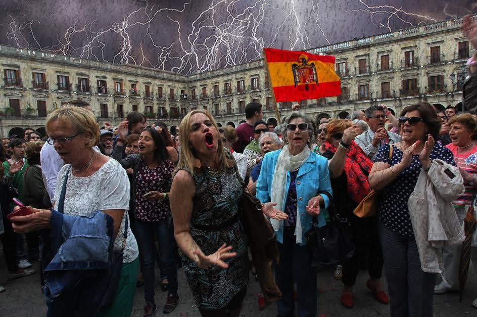 "La extrema derecha vitoriana denuncia que lleva una semana sin poder cantar el ""Cara al sol"""