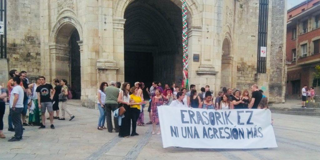Aguraingo Mugimendu Feministak San Juan gaueko eraso sexista salatu du