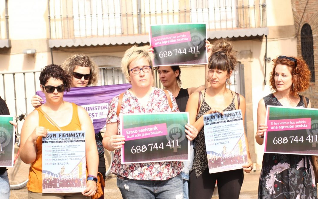 Gasteizko Mugimendu Feministak eraso sexisten aurkako protokoloa aurkeztu du, autodefentsa feministarako deia eginez