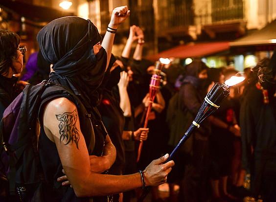 Ekimen feminista egingo dute Santiago bezperan