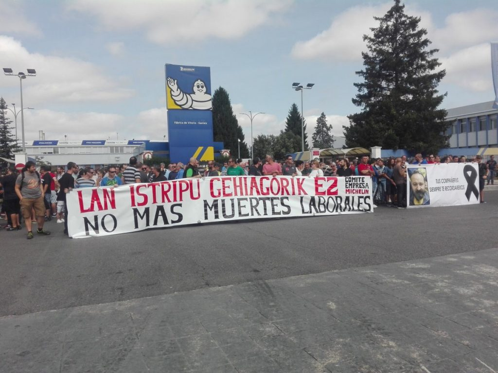 Amplia respuesta de la plantilla de Michelin para denunciar la cuarta muerte laboral en dos años
