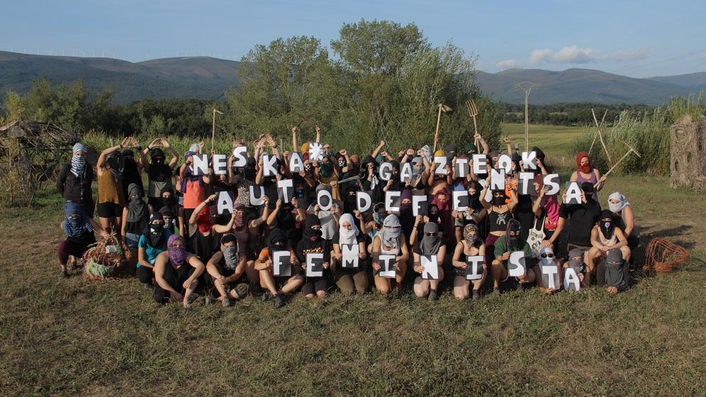 Euskal Herriko neska* gazteen udaleku feministak hasi dira Ozaetan