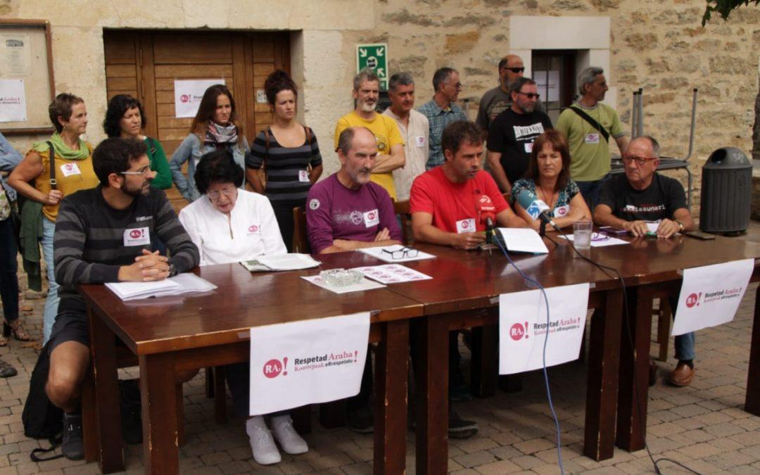 """Mendiola remarca que """"el concejo tiene la palabra"""" para tirar la cruz franquista de Olarizu"""