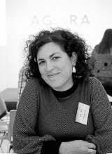"""""""En la ONU rogando, y emisiones dando"""" -Amancay Villalba-"""