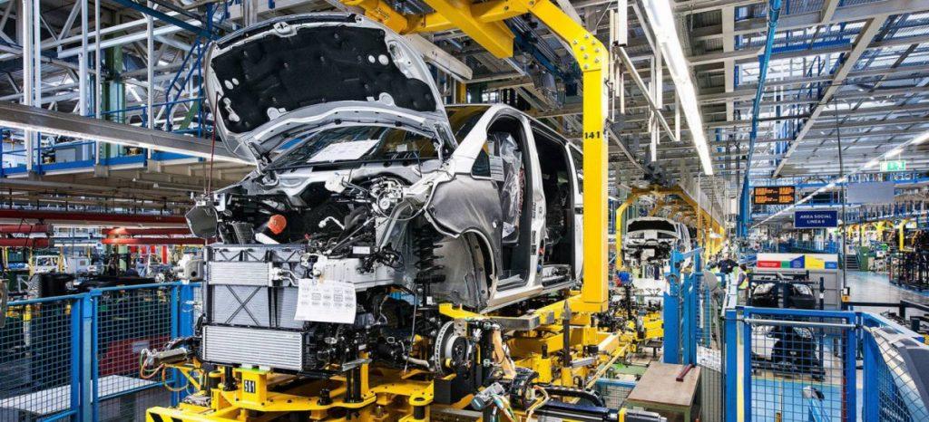Mercedes despedirá a 500 trabajadoras eventuales a partir de enero