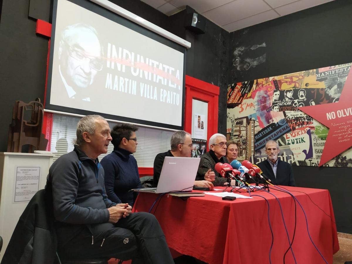 Colectivos memorialistas anuncian el inicio de la campaña 'Juicio a Martín Villa'