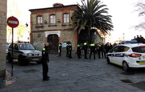 Envían a prisión a uno de los detenidos por la Policía Local en el Gaztetxe