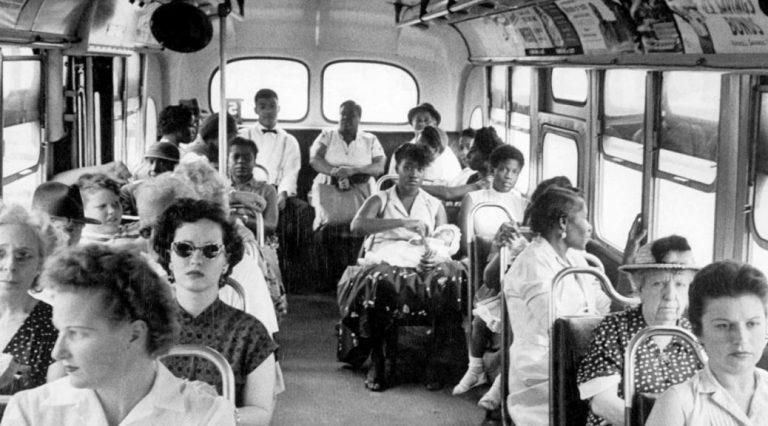 Errealitatea autobusean paseo bat da