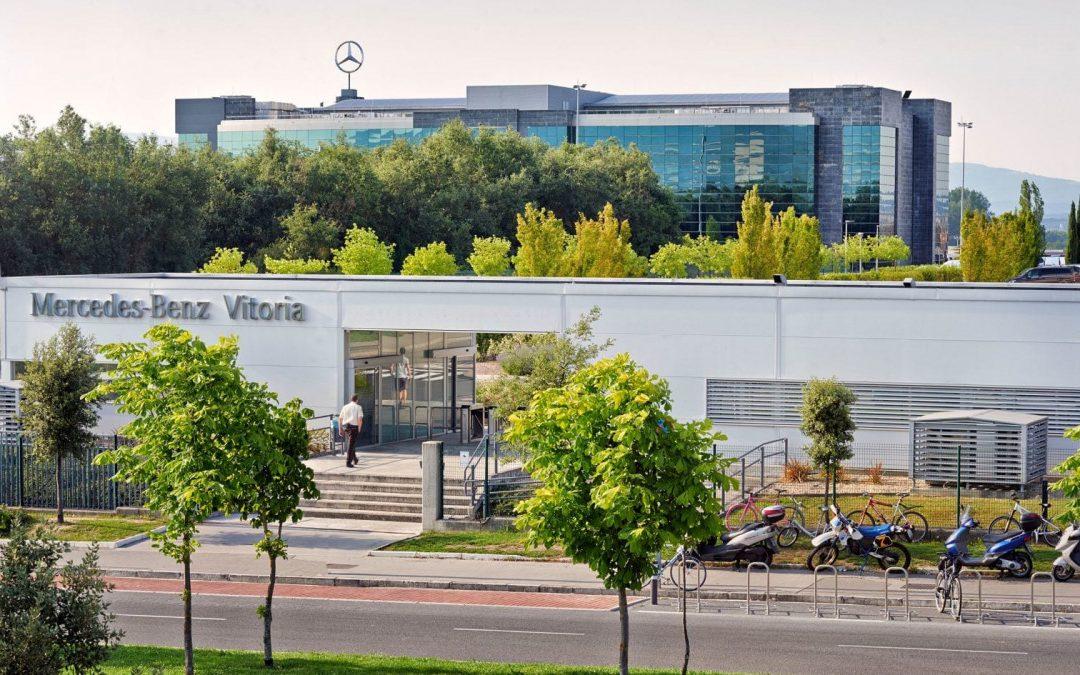 """Llaman a """"no colaborar"""" con la planta que Mercedes tiene en Gasteiz"""